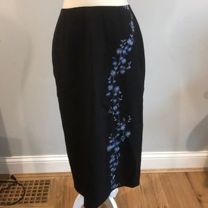 Ann Taylor Embroidered Wool Skirt 10